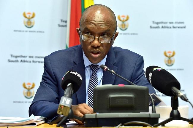 (BKTO) -&nbsp;Vừa qua, Tổng Kiểm toán Nhà nước Nam Phi Kimi Makwetu đã công bố Báo cáo kiểm toán năm tài chính 2018-2019 của Chính phủ. Báo cáo nhấn mạnh tình trạng chi tiêu bất thường tăng cao đáng báo động trong Chính phủ và các tổ chức nhà nước của Nam Phi.<br><br><b>THANH XUYÊN</b>