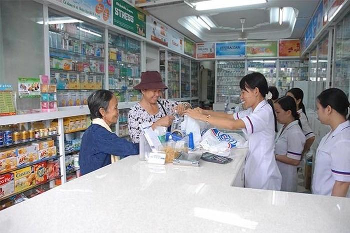 Không để xảy ra tình trạng đầu cơ, lợi dụng tăng giá thuốc trong dịp Tết