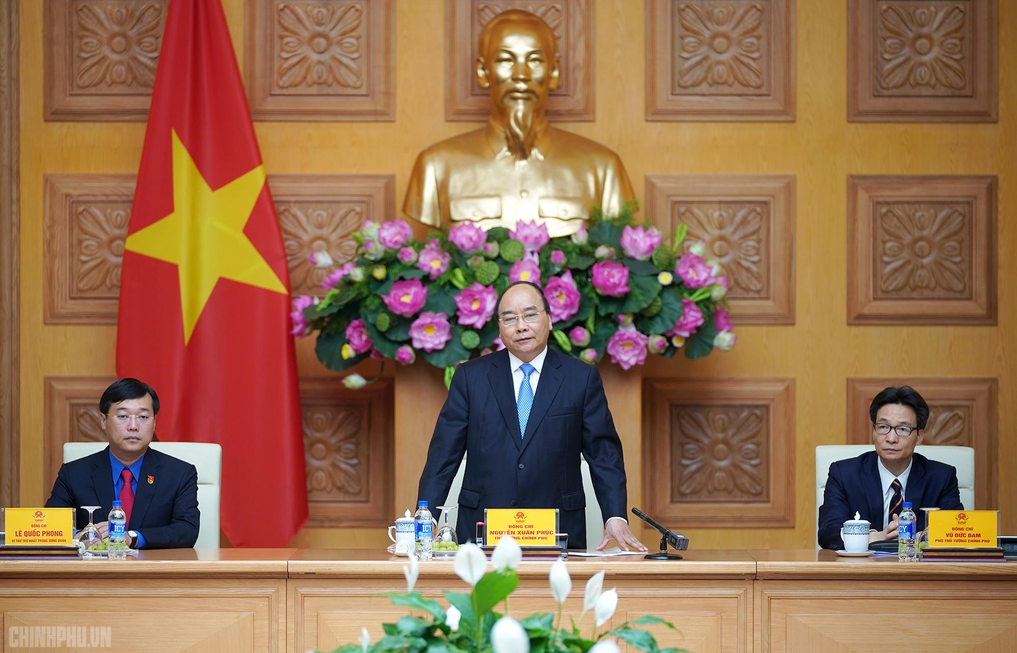 Thủ tướng Nguyễn Xuân Phúc: Thanh niên, đoàn viên cần tiếp tục phát huy vai trò xung kích đối với nhiệm vụ chung của đất nước