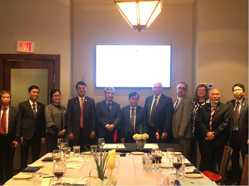 Đoàn công tác KTNN Việt Nam thăm và làm việc tại Quỹ kiểm toán và Trách nhiệm giải trình Canada