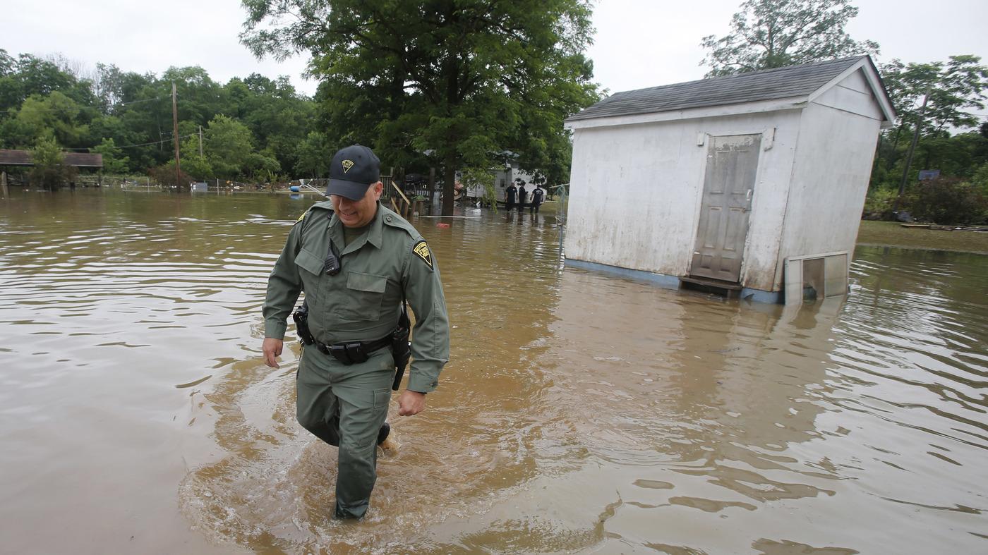 Bang Tây Virginia, Hoa Kỳ: Sai phạm trong quản lý các khoản tài trợ