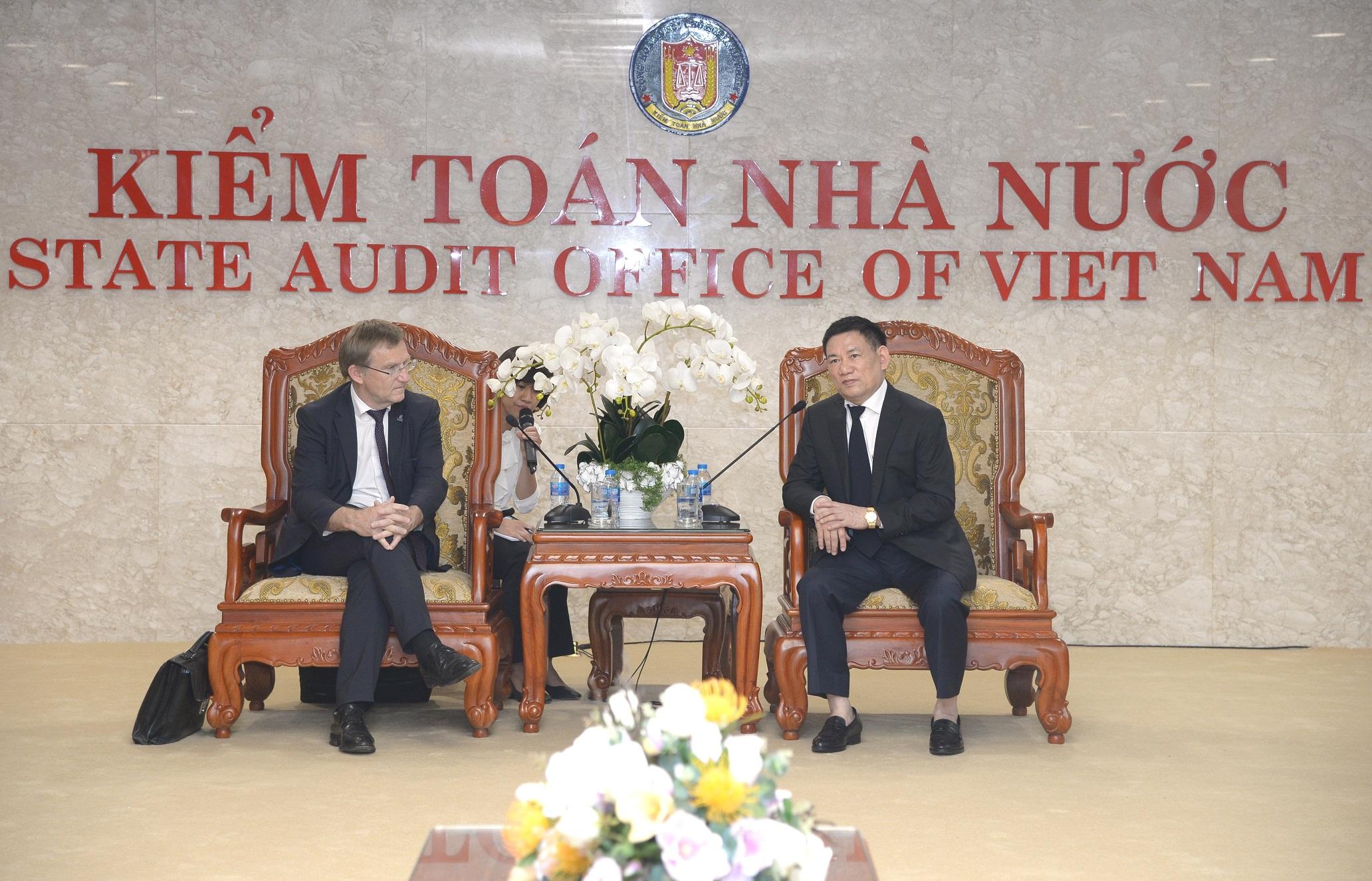Tổng Kiểm toán Nhà nước Hồ Đức Phớc tiếp Phó Giám đốc điều hành Cơ quan hợp tác kỹ thuật quốc tế Pháp