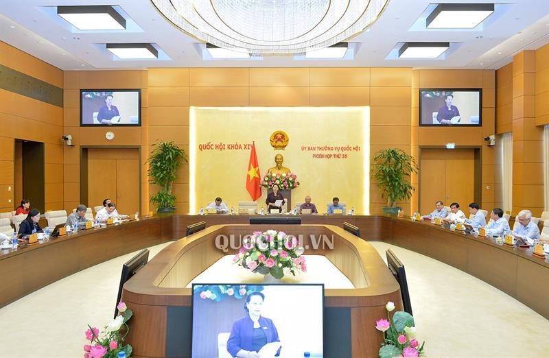 Bế mạc Phiên họp thứ 35 của Ủy ban Thường vụ Quốc hội