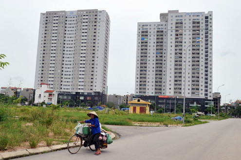 Người thu nhập thấp ngày càng khó mua nhà do nguồn cung nhà giá rẻ giảm mạnh