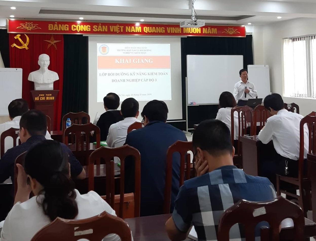 Khai giảng Lớp bồi dưỡng kỹ năng kiểm toán doanh nghiệp cấp độ 3