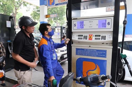 Quỹ Bình ổn giá xăng dầu còn hơn 2 nghìn tỷ đồng