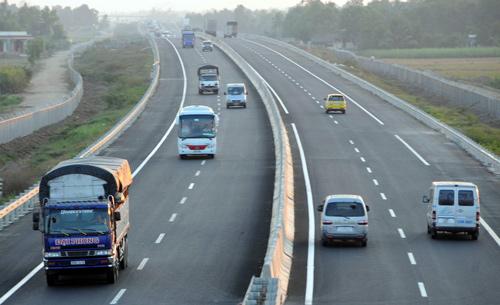 Đầu tư cao tốc Tuyên Quang - Phú Thọ kế nối với Nội Bài - Lào Cai