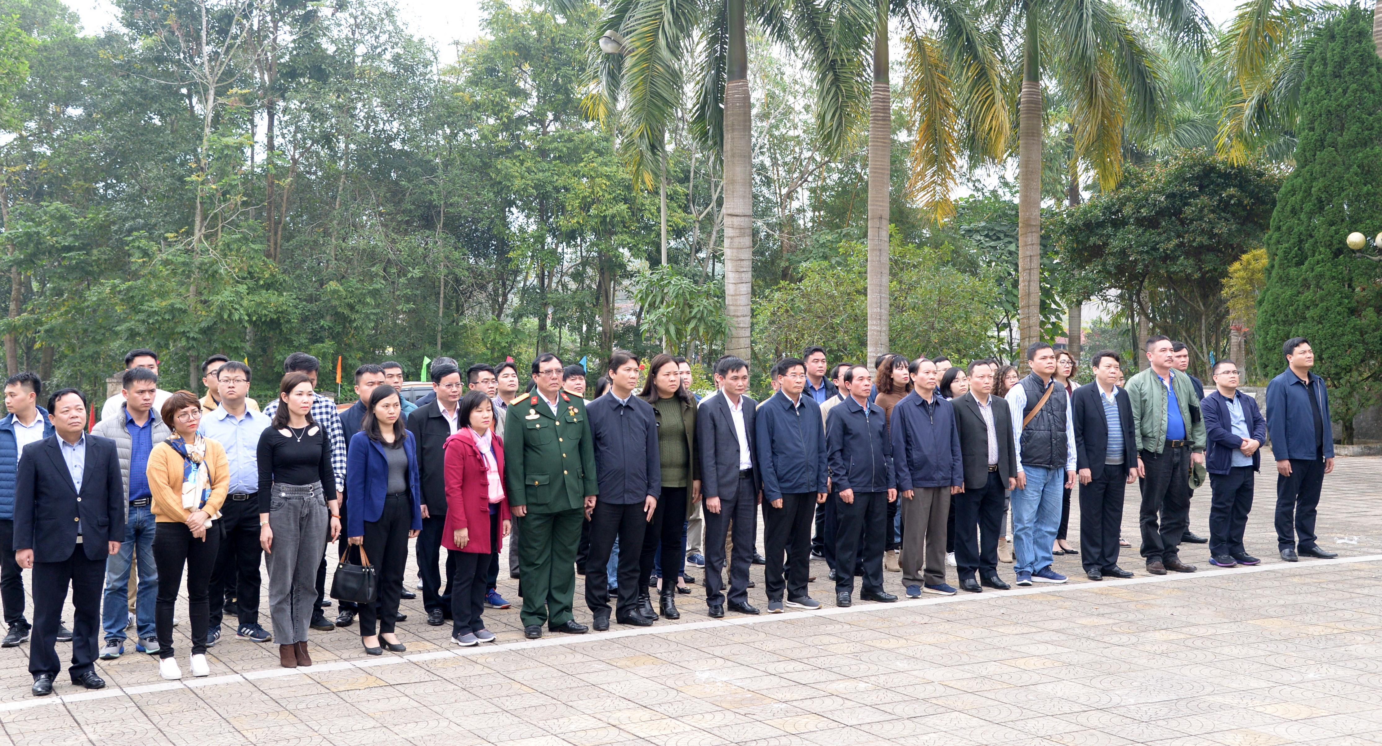 Công đoàn KTNN chuyên ngành III tổ chức chương trình thiện nguyện, về nguồn tại tỉnh Hà Giang