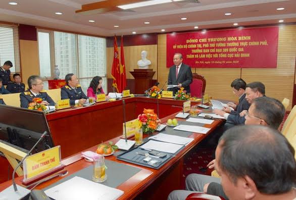 Phó Thủ tướng Trương Hòa Bình yêu cầu các ngành tăng cường phối hợp chống buôn lậu
