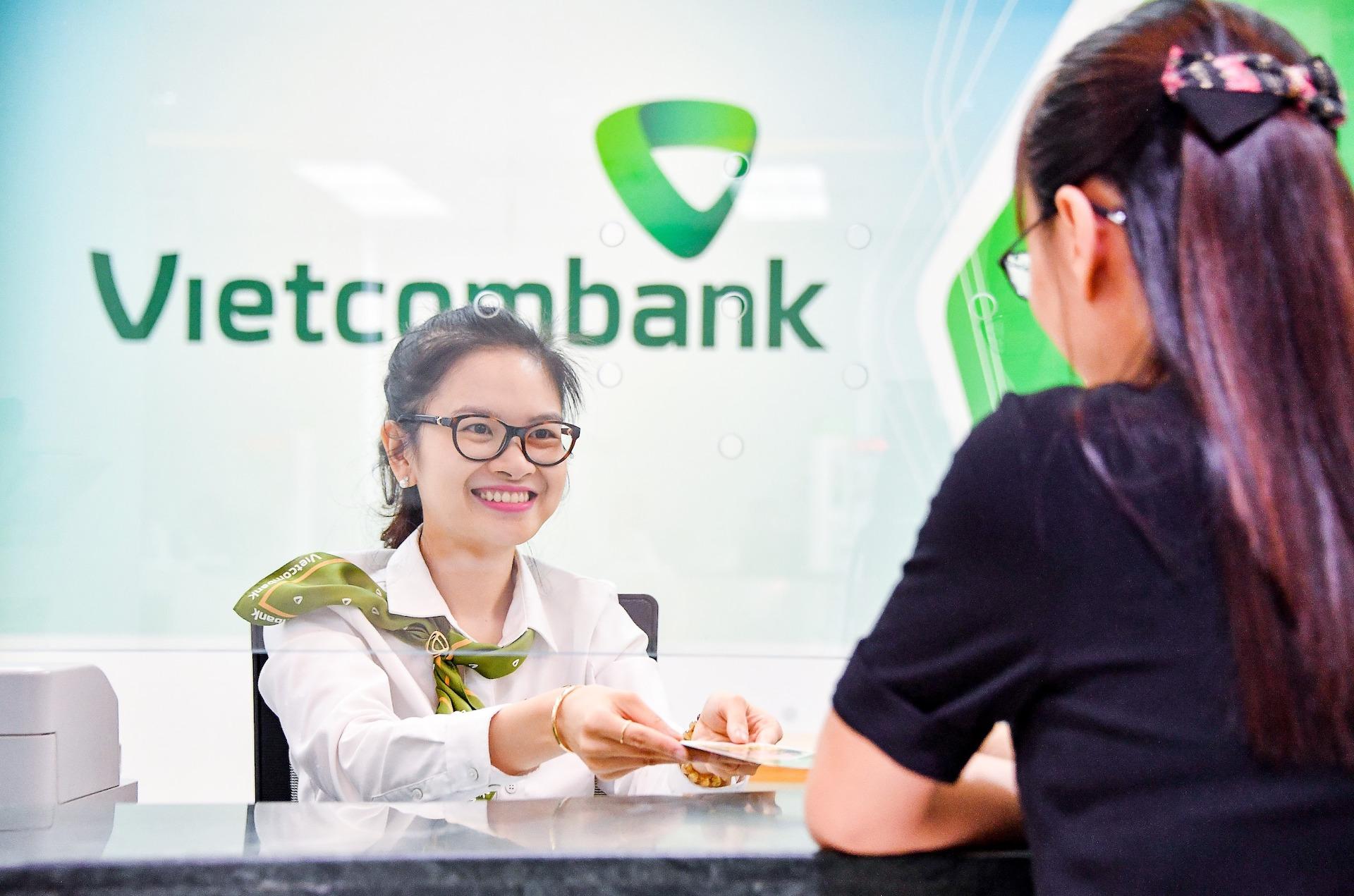Nhiều ngân hàng giảm lãi vay cho khách hàng thiệt hại do dịch corona