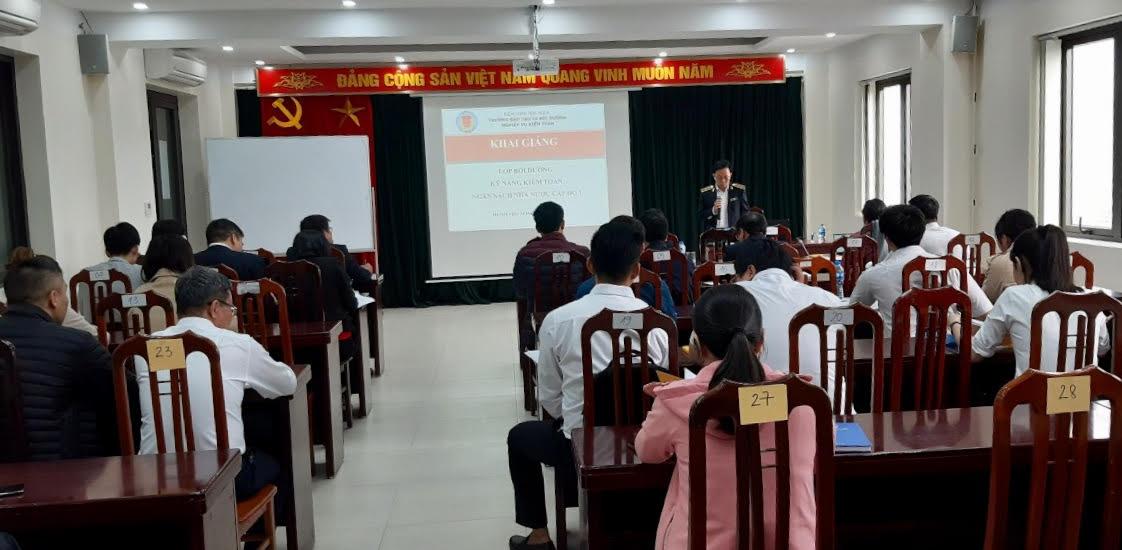 35 học viên tham gia Lớp Bồi dưỡng kỹ năng kiểm toán ngân sách nhà nước