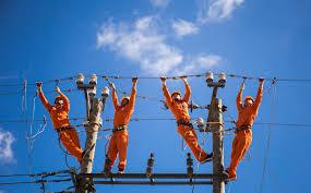 Bộ Công Thương đề xuất giá bán lẻ điện theo 5 bậc