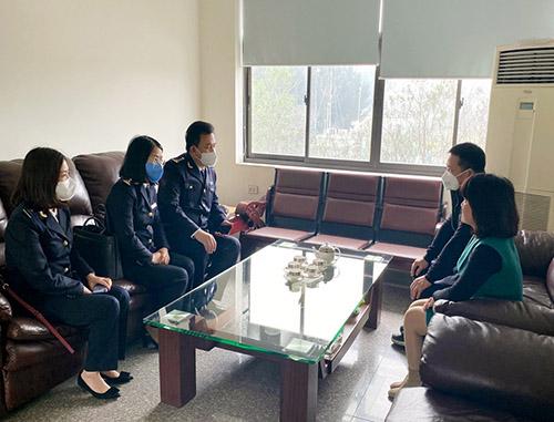 Hải quan Quảng Ninh thu ngân sách đạt 33% dự toán