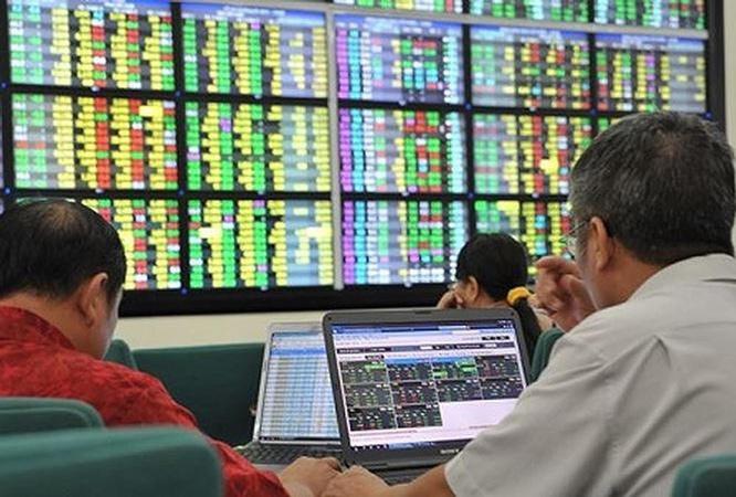 Kinh doanh chứng khoán, nhiều ngân hàng từ lỗ chuyển sang lãi lớn