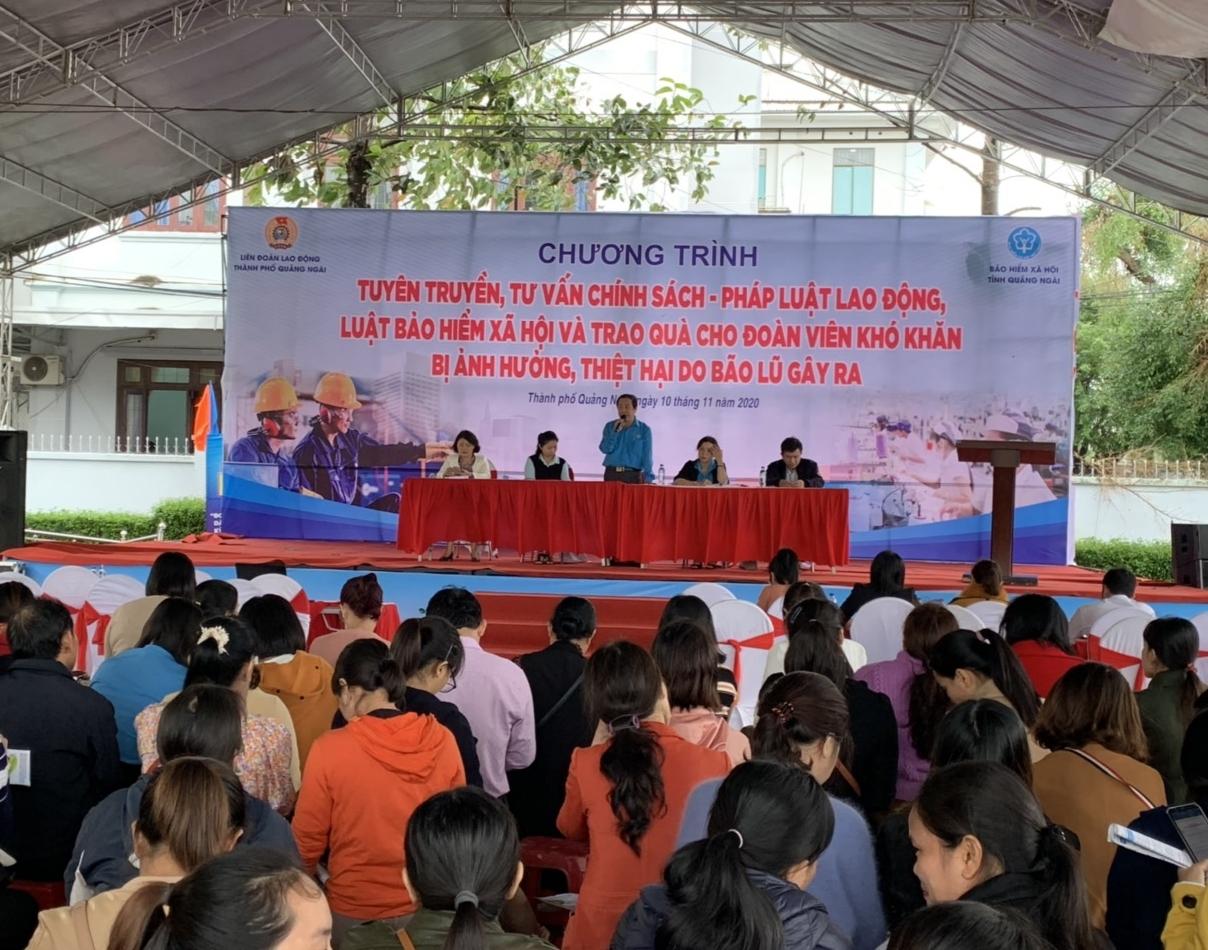 Bảo hiểm xã hội các tỉnh miền Trung: Vượt khó để về đích