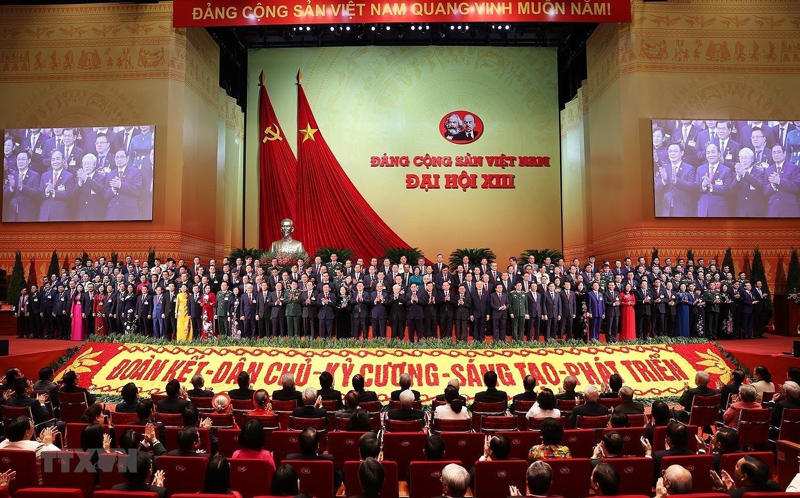 Đại hội lần thứ XIII của Đảng thành công tốt đẹp