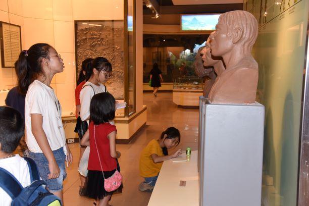 Thay đổi cách nghĩ, cách làm, đưa bảo tàng đến gần công chúng