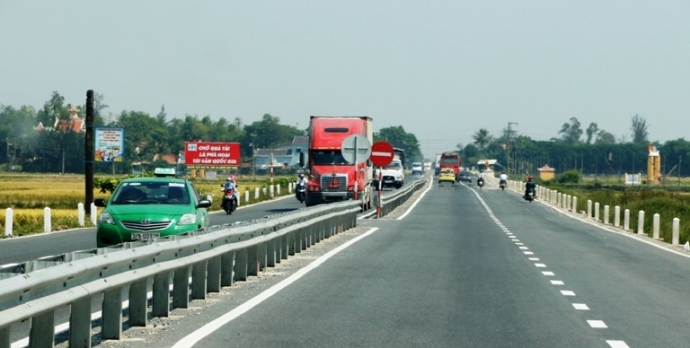 Đề xuất đầu tư hơn 335 tỷ đồng mở rộng Quốc lộ 1 qua Quảng Nam