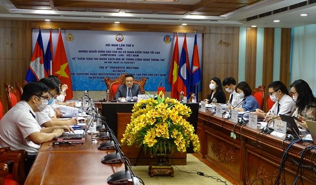 Hội nghị lần thứ 9 giữa những người đứng đầu KTNN Campuchia - Lào - Việt Nam thành công tốt đẹp