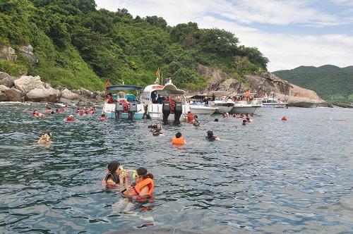 Xây dựng kinh tế biển xanh để phát triển bền vững