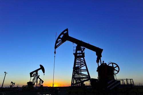 Kiểm soát lạm phát:  Liệu có phải thấp thỏm ngóng giá dầu thế giới?