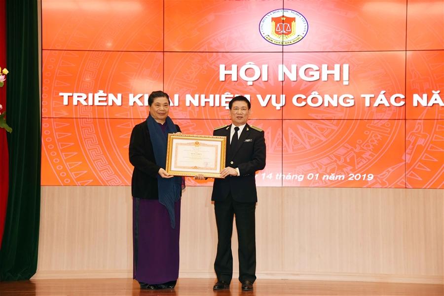 Nhiều tập thể, cá nhân của KTNN được trao thưởng danh hiệu thi đua năm 2018