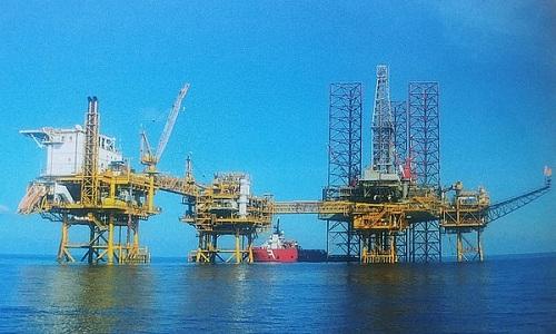 Dầu khí là ngành kinh tế quan trọng  của đất nước