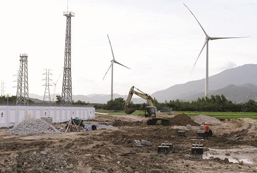 Phát triển năng lượng tái tạo:  Tiềm năng lớn nhưng thách thức còn nhiều