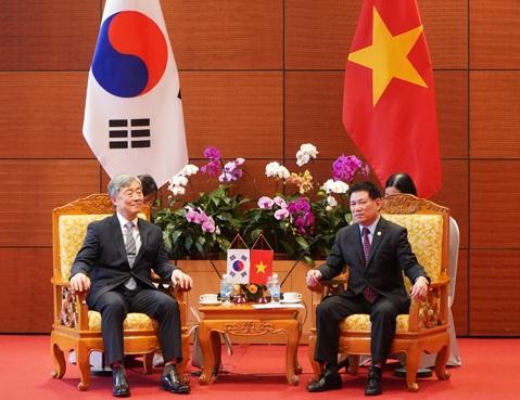Tổng KTNN Hồ Đức Phớc thăm và làm việc tại Hàn Quốc