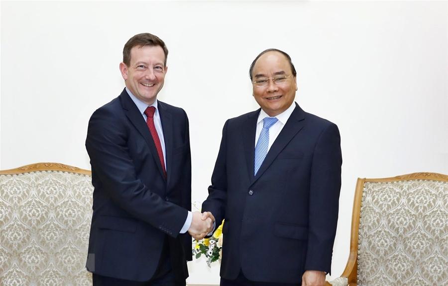 Thủ tướng Nguyễn Xuân Phúc tiếp các Đại sứ chào từ biệt