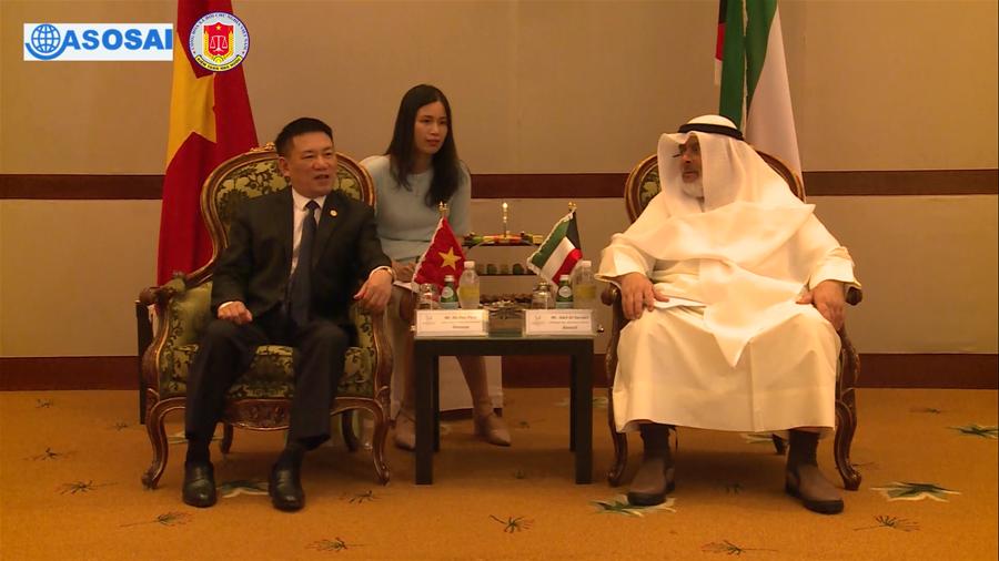 Tổng Kiểm toán Nhà nước Hồ Đức Phớc hội kiến Chủ tịch Cơ quan Kiểm  toán nhà nước Kuwait Adel Al-Sarawi