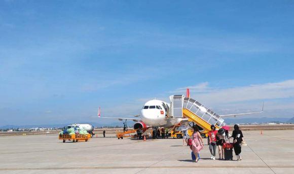Hàng không Việt Nam:  Thách thức trong tăng trưởng