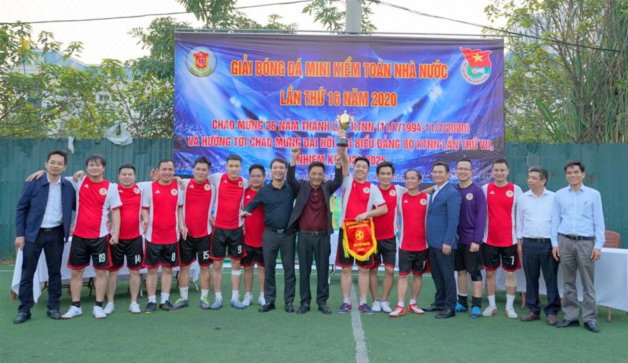 KTNN khu vực II bảo vệ thành công chức vô địch Giải bóng đá mini Kiểm toán Nhà nước