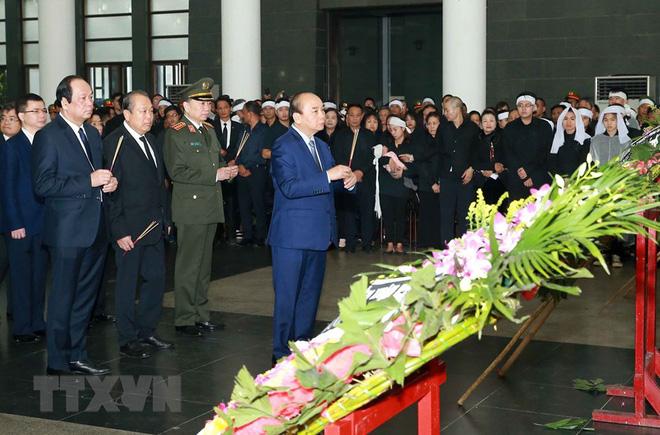 Thủ tướng viếng 3 liệt sĩ hy sinh tại Đồng Tâm, Hà Nội