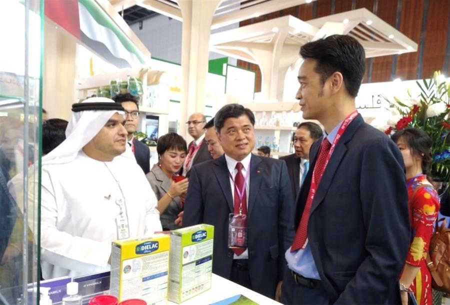 Vinamilk ký hợp đồng xuất khẩu sữa trị giá 20 triệu đô la Mỹ