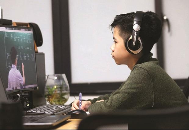 Điều chỉnh nội dung dạy học:  Không kiểm tra, đánh giá đối với những nội dung đã tinh giản