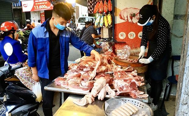 Kiểm soát giá thịt lợn:  Thực tế chưa như kỳ vọng