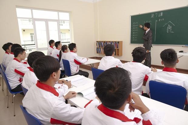 Đổi mới phương thức quản lý hoạt động người lao động Việt Nam đi làm việc ở nước ngoài