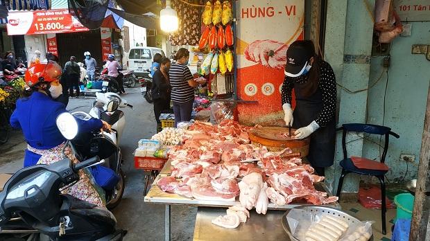 Bình ổn giá thịt lợn để bảo vệ  lợi ích lâu dài giữa các bên