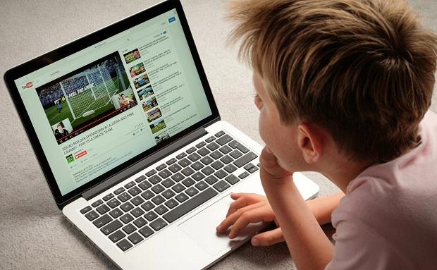 Bảo vệ và hỗ trợ trẻ em tương tác lành mạnh trên môi trường mạng