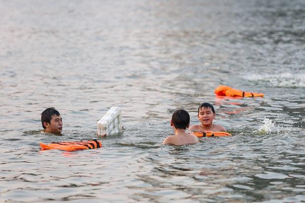 Ngăn nạn đuối nước ở trẻ em:  Cần sự chung tay của toàn xã hội