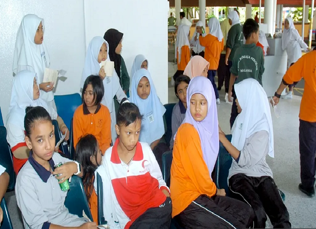 Malaysia: Thực phẩm quá hạn len lỏi trong các bữa ăn của học sinh
