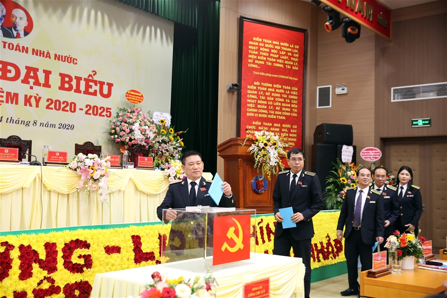 Đảng bộ Kiểm toán Nhà nước: Thực hiện thắng lợi Nghị quyết Đại hội Đảng bộ lần thứ VI