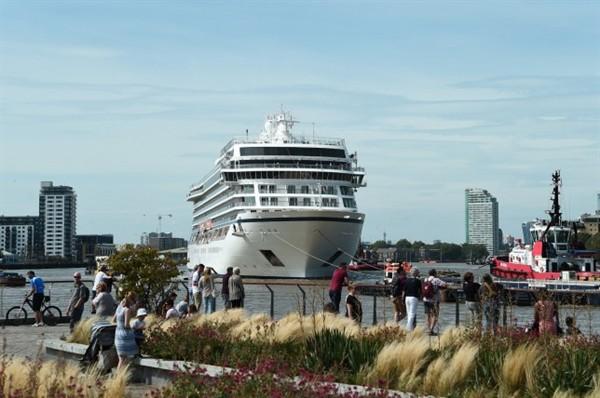 Covid-19 nhấn chìm ngành du lịch tàu biển trên toàn cầu