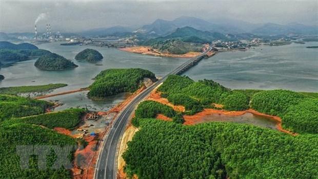 Quảng Ninh xác định phát triển đô thị là nhiệm vụ đột phá