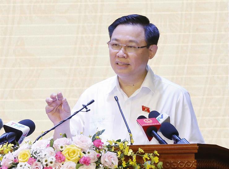 Chủ tịch Quốc hội Vương Đình Huệ tiếp xúc cử tri, vận động bầu cử tại TP. Hải Phòng