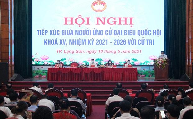 Tổng Kiểm toán Nhà nước Trần Sỹ Thanh và các ứng cử viên đại biểu Quốc hội tiếp xúc cử tri tại thành phố Lạng Sơn
