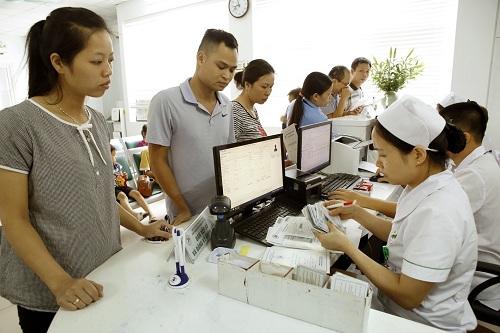 Khám, chữa bệnh theo yêu cầu tại các cơ sở y tế công lập:  Cần một cơ chế giám sát chặt chẽ, minh bạch